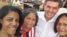 Presença do prefeito na feijoada dos torcedores do Democrata no Recanto